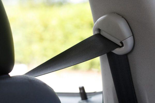 1 dodelijk ongeval op 3 op autosnelwegen gebeurt in de buurt van op– en afritten.